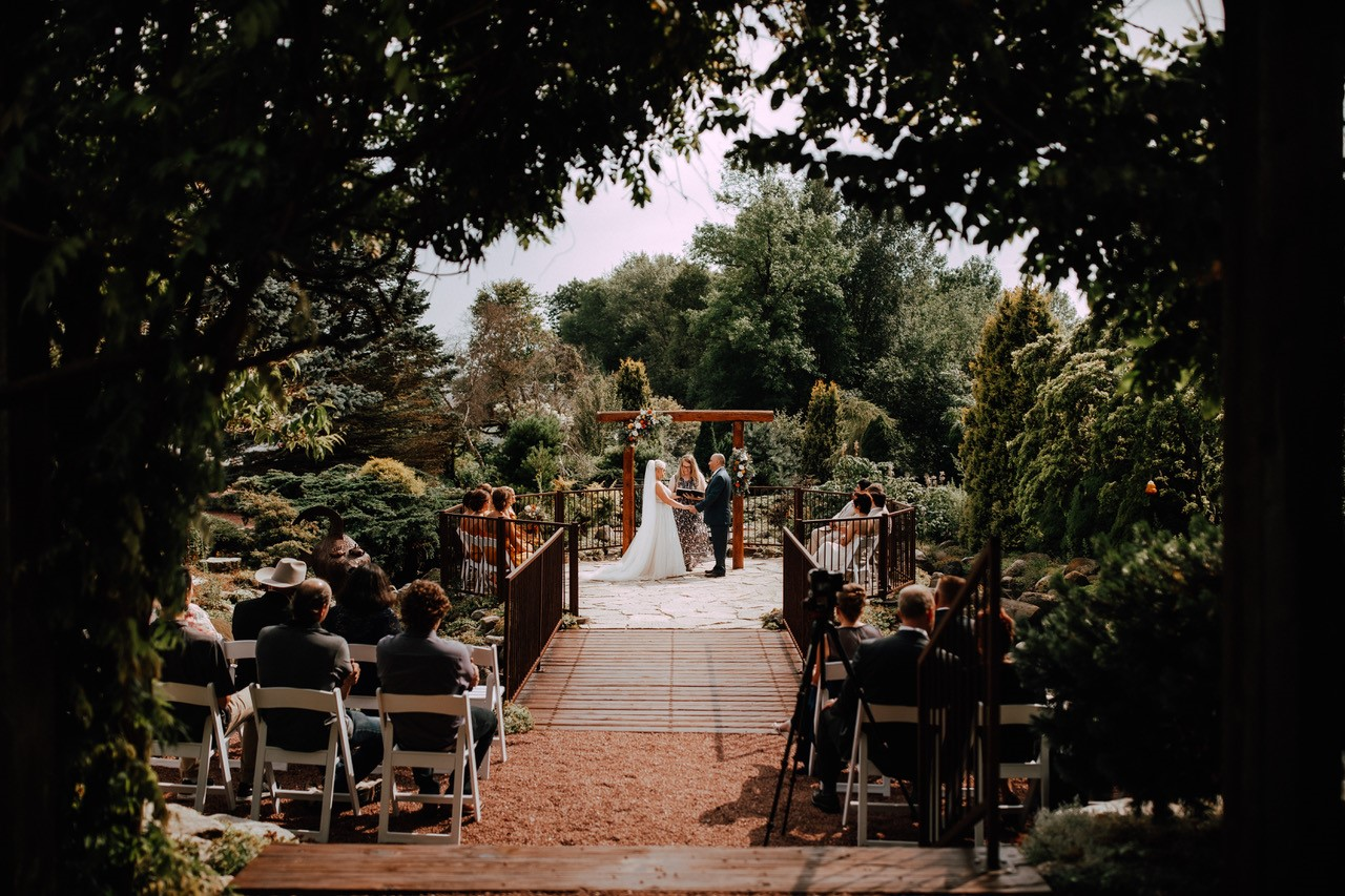 Book Your Wedding at The Grain Loft